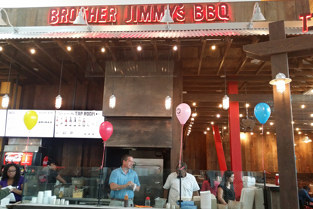 Brother Jimmy's Opens at Roosevelt Field Mall | Yum Yum Traveler
