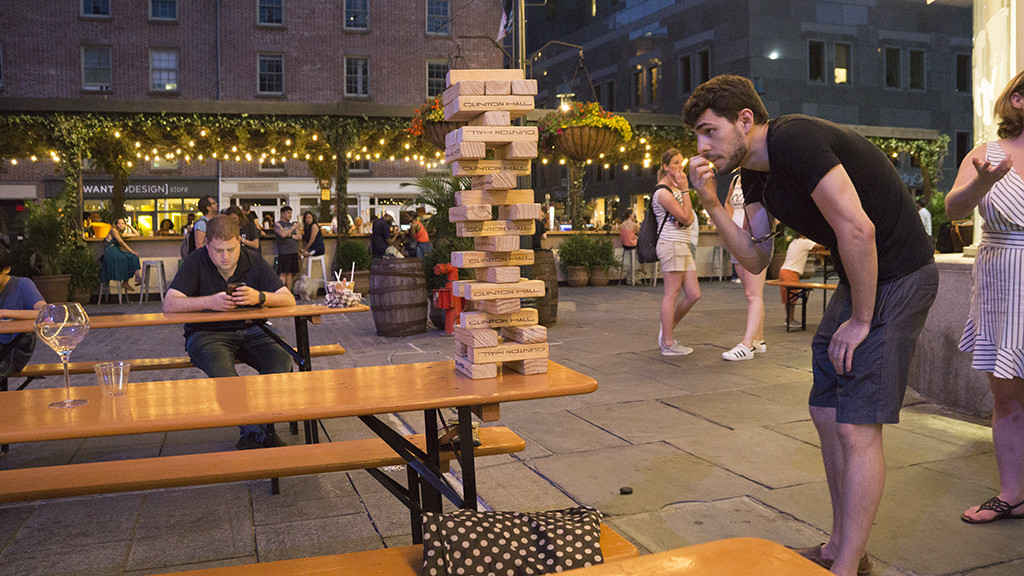 Jenga player